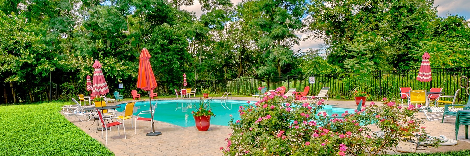 Brick Garden Apartments For Rent in Brick, NJ Swimming Pool