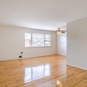 Brick Garden Apartments For Rent in Brick, NJ Livingroom